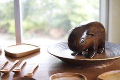 wombat Wombat, Exhibitions, Pudding, My Favorite Things, Desserts, Food, Tailgate Desserts, Deserts, Custard Pudding