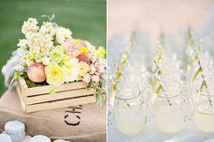 décoration mariage cagette fleurs pailles vintages