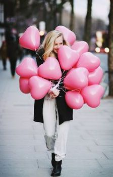 Pink Heart Balloons for V-Day Decoration. Just Girly Things, My Funny Valentine, Valentines Day, Pink Love, Pretty In Pink, Ballon Rose, Heart Balloons, Pink Balloons, Rosa Pink