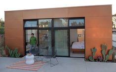 micro-maison préfabriquée contemporaine écologique lvm ROCIO ROMERO LLC
