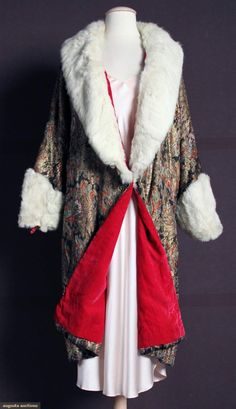 1920s PRINTED LAME OPERA COAT, Gold lame w/ black, red & blue paisley print, hot pink velvet lining, white fox collar