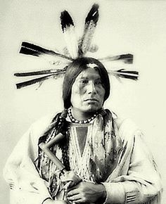 Man Packs The Eagle - Whoe A Ke ( Cuthead Sioux )