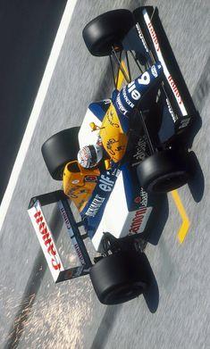 2019/1/17: Twitter: @LegendarysF1 : Riccardo Patrese, Canon Williams FW14B - Renault RS3C/RS4 3.5 V10. GP San Marino 1992. #F1 #Legendary #Suttonimages #RiccardoPatrese #1992F1 #WilliamsF1 #WilliamsFW14B #FW14B F1 Racing, Racing Team, San Marino Grand Prix, Williams F1, Indy Cars, F 1, Race Cars, Motor Sport, Canon