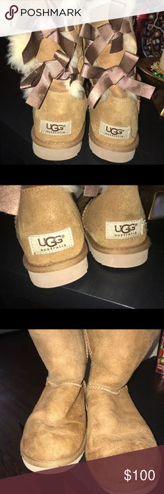 Brown uggs Brown uggs Back bows Size 6 Price is negotiable UGG Shoes