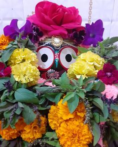 ॐ दुराधर्षः जगन्नाथाय नमः 🙏 🙌 #Jagannath #Mahaprabhu #JagannathDham #JagannathTemple #JaiJagannath #mangal #holy #RathYatra #holyland #auspicious #spirituality #bhakti #radha #krishna #murati #gopal #govind #murari #vrindavan #shreekrishna #harekrishna #jagannath #dwarkadhish #bankebihari #BhaktiSarovar Rath Yatra, Shree Krishna, Holy Land, Holi, Spirituality, Halloween, Holi Celebration, Spiritual, Spooky Halloween