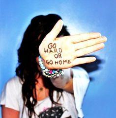 Приложение HopHop создано  тусовщиками в первую очередь для тусовщиков. Создавать свои события. искать интересное вокруг и делиться информацией с единомышленниками ради одного. Ради бессонных ночей, новых знакомств, веселья, танцев до утра. Жизнь как одна большая вечеринка. www.hophop.mobi