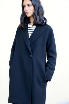 Oslo Coat–This stylish and classic coat is fully lined, doublebreasted and features...