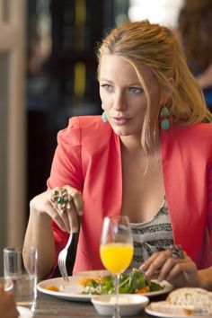 Silk and Spice: Get The Look: Gossip Girl Style - Serena Van Der Woodsen