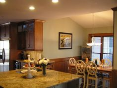 Picture 12 of 20 - Best Kitchen Paint Colors with Oak Cabinets - Photo Gallery | Kitchen Colors