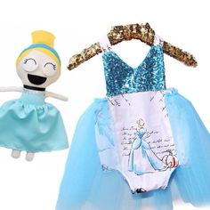 Have you seen the Expressions Dolls™ by @jessicadolls?  Like this Cinderella inspired darling, these adorable dolls have interchangeable eyes and mouths to make various facial expressions!! Go follow @jessicadolls!!