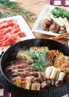 Sukiyaki is a type of dish prepared by simmering beef and vegetables in Warishita (a blend of sugar, soy sauce, Japanese sake, and Mirin[type of rice wine]). It is one of the popular hot pot dishes in Japan. Japanese Dishes, Japanese Food, Japanese Sake, Hot Pot, Korean Food, International Recipes, Asian Recipes, Food Inspiration, Love Food