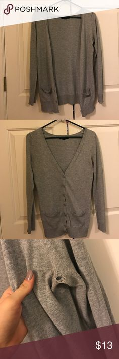 Forever 21 Cardigan Super cute grey cardigan, has a small hole in armpit Forever 21 Sweaters Cardigans