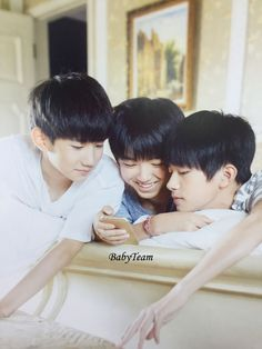 [PIC HQ/SCAN] BỘ LỊCH 2016 #TFBOYS  Cre: ‪#‎小鱼‬-TFBOYS_BabyTeam Brought to you by Linh - TFBoys VietNam Fanpage