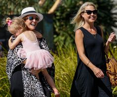 FiFi Box enjoyed a lovely day out with Trixie Belle and her half-sister, Grant Kenny's daughter, Jaimi Lee Kenny.