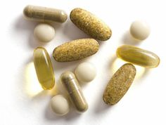 Check out this list of MUST HAVE supplements you should take on a daily basis to tackle nail fungus once and for all!