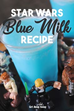 Star Wars Blue Milk Recipe Simple Recipe for Star Wars Blue Milk. This is a copycat to the Star Wars Blue Milk recipe, which is a treat that will be served at the new Star Wars: Galaxy's Edge at Disneyland. You would have to be hanging out on a d. Star Wars Themed Food, Star Wars Food, Star Wars Party Food, Blue Milk Recipe, Churros, Star Wars Essen, Star Wars Cake Toppers, Disney Inspired Food, Star Wars Party