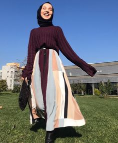 Pinterest 》@hlyarslan Casual Day Outfits, Casual Hijab Outfit, Eid Outfits, Hijab Dress, Skirt Outfits, Trendy Outfits, Hijab Collection, Modern Hijab, Girl Hijab
