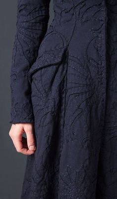 Love all this texture! Sometimes heavy fabrics can give me really nice support.