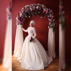 #свадьба 4.11.2015 #bride #невеста Мадина  #кавказскаясвадьба #дагестанская свадьба #свадебныйбукет #цветочнаяарка  by skorobogat_katya