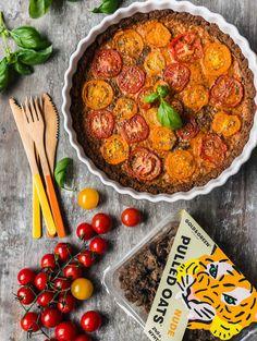 Getting creative with Pulled Oats by My Berry Forest! Piirakka on 1) helppo tehdä 2) vegaaninen 3) testattu nirsoilla syöjillä. Nauti!