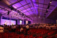 Große Kongresse brauchen große Hallen.