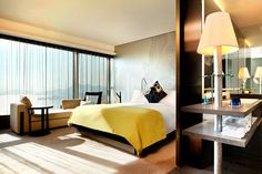 W Hotel Hong Kong - Hotel Reviews (houseandgarden.co.uk)