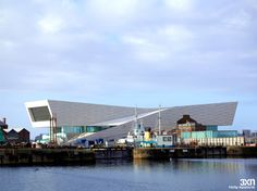 designed by danish practice architects, the new museum of liverpool is now complete, located along the city's mersey river. Liverpool Museum, Liverpool Skyline, Liverpool Home, Liverpool Images, Museum Studies, Details Magazine, Museum Architecture, World Of Tomorrow, New Museum