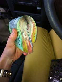 Australian money is the prettiest... so perhaps i should live there? :) the accents are lovely as well