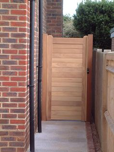 DIY Garden Gates Projects Don't allow how big is your residence decrease through taking Entry Gates, Diy Garden, Garden In The Woods, Wooden Garden, Garden Gate Design, Garden Doors, Gate Design, Diy Backyard, Diy Gate