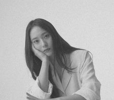 Krystal Jung, Jessica & Krystal, Jessica Jung, Role Player, Dress Hairstyles, Blackpink Fashion, Ice Queen, Korean Actresses, Girl Poses