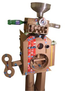'Junk Art Robot' by UK Makedo Master Maker, Lottie Smith