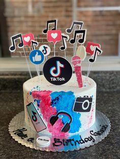 Happy Birthday, Birthday Cake, Custom Cakes, Our Love, Bakery, Goodies, Celebrities, Desserts, Instagram
