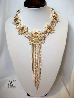 Helen of Troy necklace
