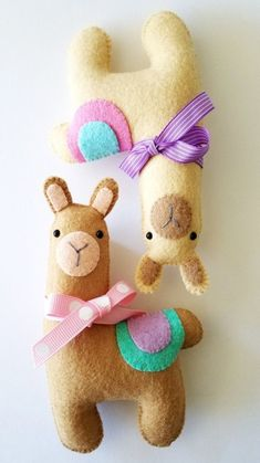 Good Photographs hand sewing toys Style Felt LLama Softie Toy Sewing Pattern Tutorial PDF e Felt Diy, Felt Crafts, Diy And Crafts, Crafts For Kids, Felt Animal Patterns, Stuffed Animal Patterns, Sewing Toys, Sewing Crafts, Sewing Hacks