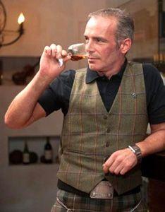Whiskydinner mit Glendronach-Tasting  Dienstag, 13. September 2016, 19.00h im Stärnepintli an der Werdtstrasse 25, in Werdthof b. Kappelen  Stewart MacKenzie Buchanan, Brand Ambassador der drei Distillerien Glendronach, Glenglassaugh und Benriach führt Sie durch das Tasting  Menu: Fr. 85.– inkl. Whisky  Hier gehts direkt zur Anmeldung: http://whiskytime.ch/index.php/whiskydinner-mit-glendronach-tasting