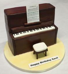 Upright Piano Cake
