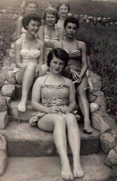 vintage   women   1940s   vintage gals