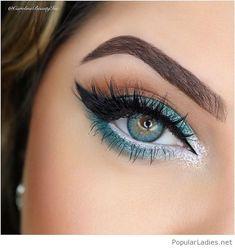 Lovely mint makeup