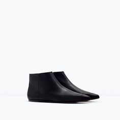 Image 2 of FLAT LEATHER BOOTIES from Zara