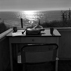 Think I can be inspired to write with this scenery.