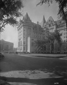 Chateau Laurier in 1926 before additons!