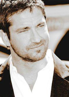 Your hotness #Gerard #Butler