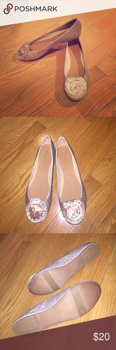 NWOB madden girl flats gold glitter Gold glitter on sides. Front has champagne flower with gems. Never worn. Madden Girl Shoes Flats & Loafers