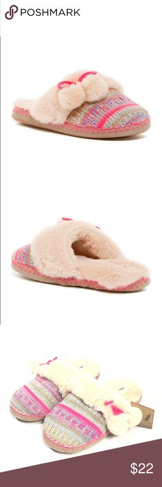 NEW Dirty Laundry Faux Fur Pompom Slipper New with tag slippers. Size L 9/10  After a long day of juggling work and play, coming home to these plush and luxe faux fur slippers are a cure for the common babe.   - Round toe - Whipstitched trim  - Patterned knit construction  - Tacked tied faux fur pompom  - Faux fur cuff and lining - Slip-on  - Comfort padded footbed - Textured grip sole  GJD Dirty Laundry Shoes Slippers