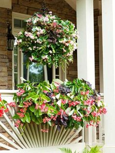 ❤ Hanging plants- Plant some shade-loving annuals in a hanging basket or window box for living color. Or fill vases with bouquets.