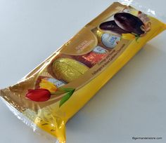 """Make Easter a heartfelt delight for someone with the """"Lindt Alkohol Spezialitäten - Alcohol Eggs Mix"""". Try the fillings of fine eggnog, aromatic cognac or fruity kirsch.This pack contains: 2 cognac eggs (each 2 eggnog. New Recipes, Vegan Recipes, Snack Recipes, Snacks, Milka Chocolate, Easter Chocolate, Lindt, Cherry Brandy, Easter Candy"""