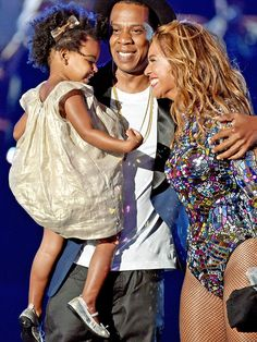 Blue Ivy's Adorable VMAs Dress with Mom Beyonce and Dad Jay-Z