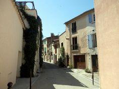 EN BORDURE DE L'ETANG DE THAU : BOUZYGUES (Herault) - Le Petit Randonneur Rive Nord, Languedoc Roussillon, Beaux Villages, Parcs, Facade, Cute Small Houses, The Visitors, Facades