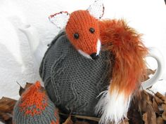 Red Fox Tea Cosy And Egg Cosy Knitting Pattern
