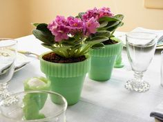 Fenton Jadeite Flower Pots & Jadeite Bunny Egg Cups